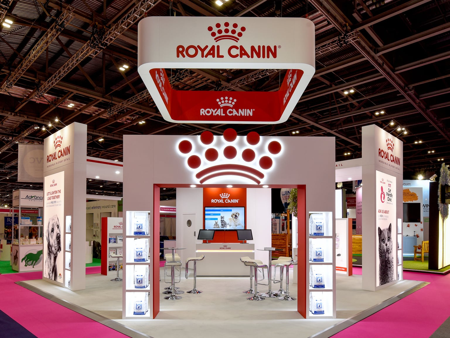 Exhibition Stand Design Guidelines : Case study royal canin courts design full service